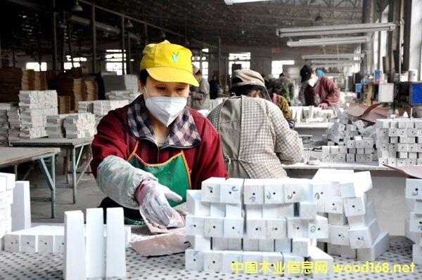 黑龙江庆安厚成木业小家具出口欧洲