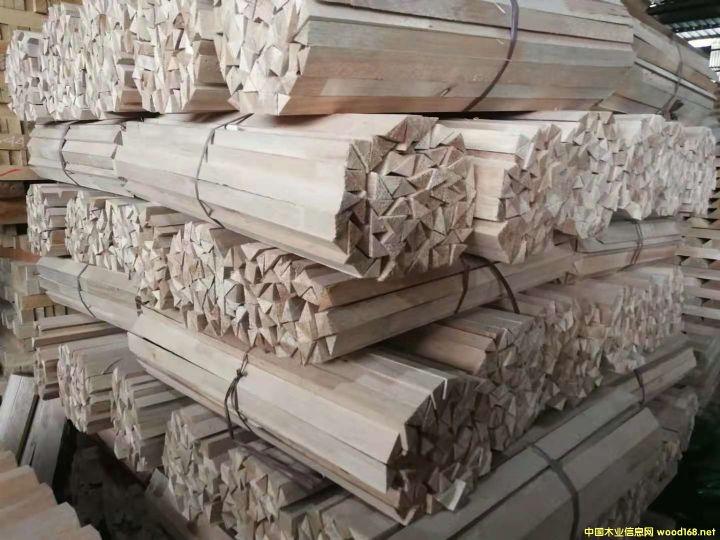 南洋楹木板材俗称马六甲