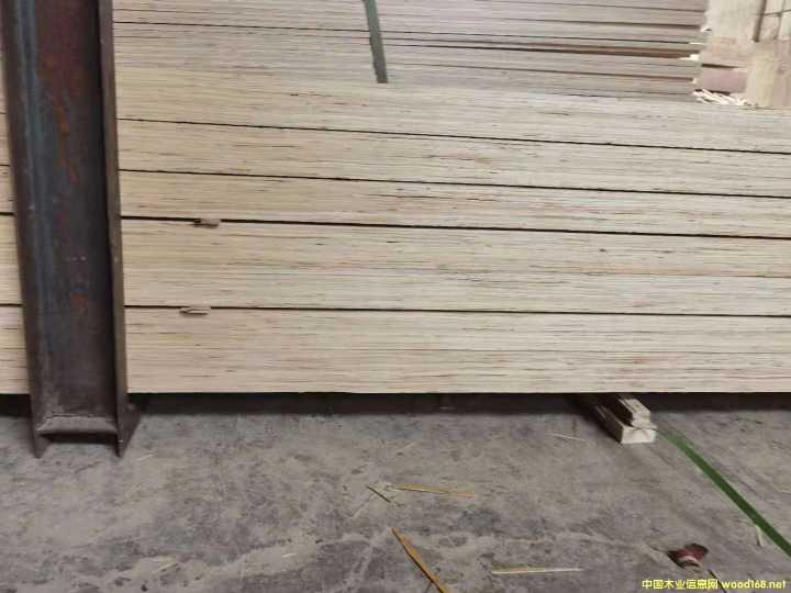 东南亚市场专用免熏蒸LVL层积材 废旧模板LVL木方