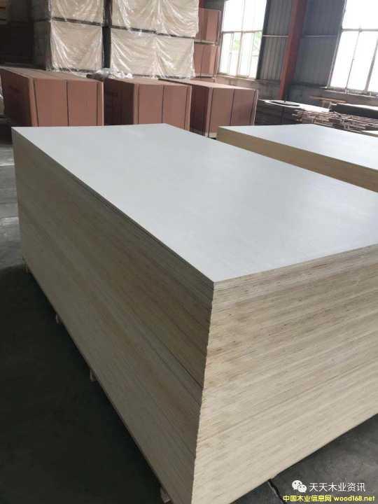 LVL双贴纯白科技木面皮的详细介绍